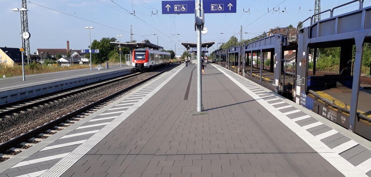 Bahnsteigbelag